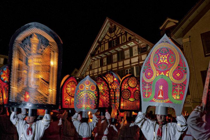 Klausjagen, Küssnacht am Rigi (Luzern-Vierwaldstättersee) - Bild: Schweiz Tourismus