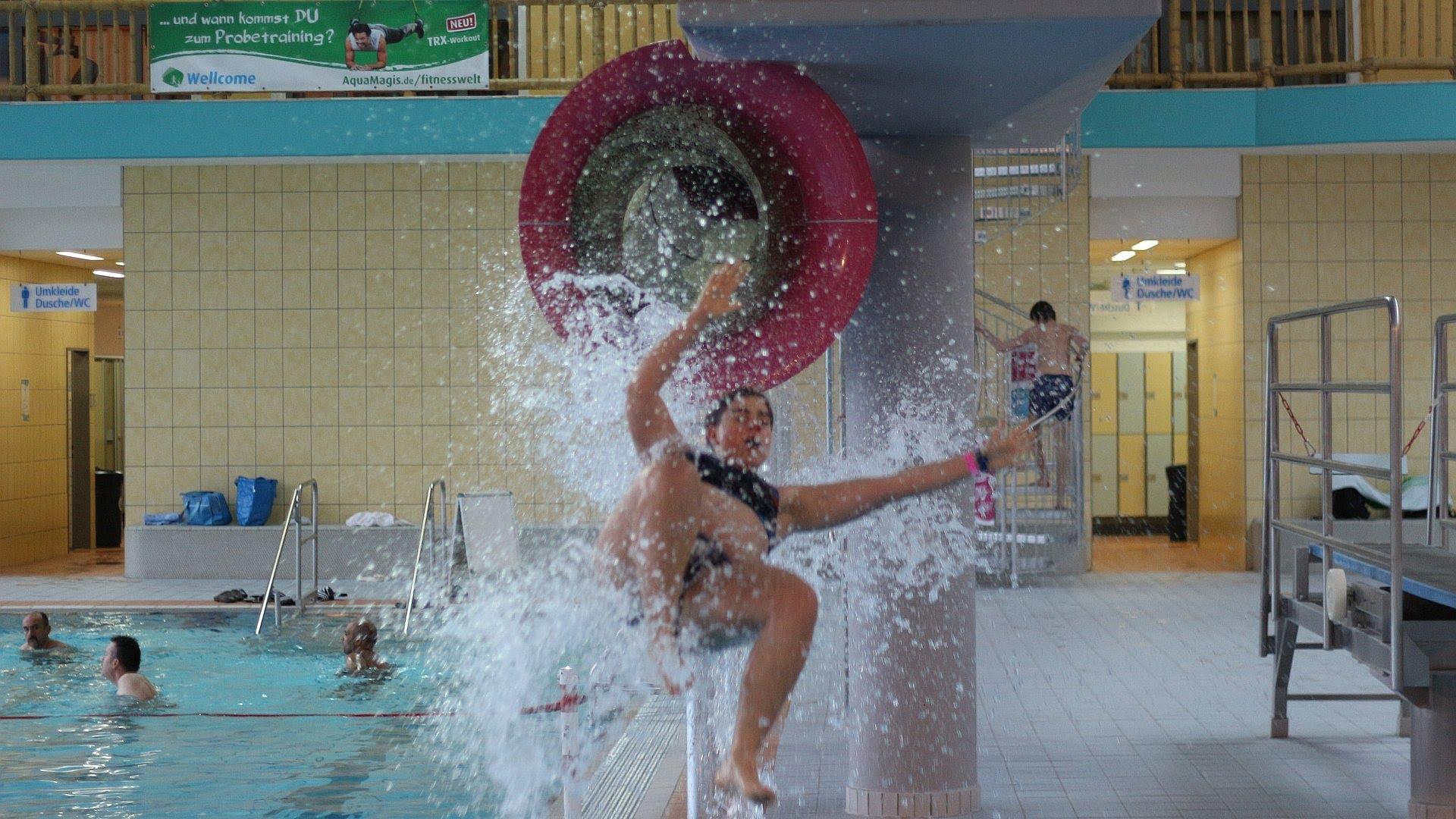 Aquamagis Plettenberg - Pink Jump Speed-Rutsche Onride