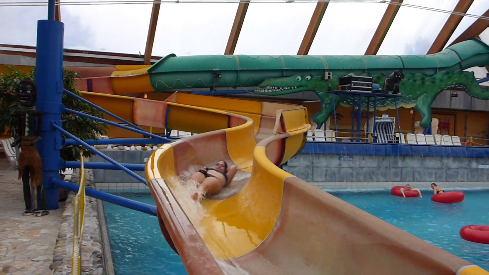Krokodilsrutsche :: offene Riesenrutsche | Miramar Weinheim