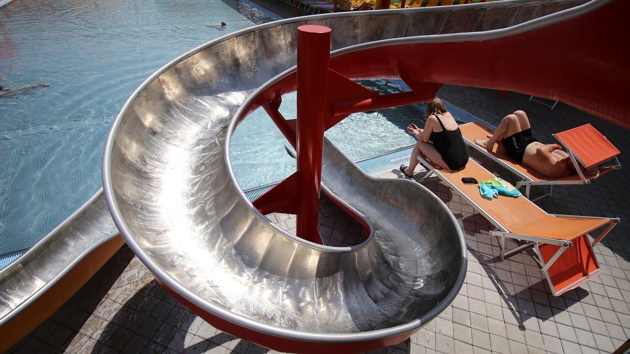 Outdoor-Kinderrutsche :: rote Rutsche   Sonnentherme Lutzmannsburg