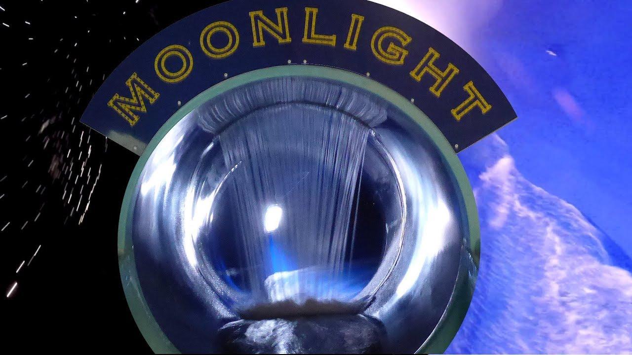 Moonlight :: Black Hole Tube Slide | Tikibad Duinrell Wassenaar